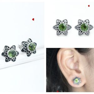 Green Peridot Stud 925 Silver Earrings Handmade